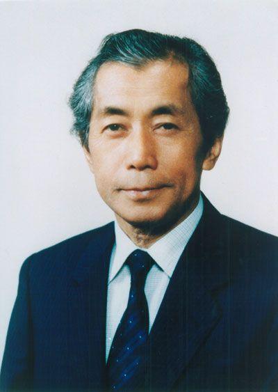 初代院長 重井 博